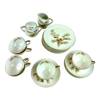 1950s Japanese Porcelain and 18k Gold Appliqué Dessert and Coffee Set - 20 Pcs. For Sale