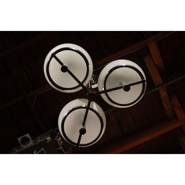 1960s Vintage Chrome & White Lightolier Ceiling Fixture For Sale In Los Angeles - Image 6 of 9
