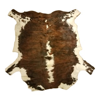 Natural Cowhide Area Rug - 7′6″ × 7′6″ For Sale