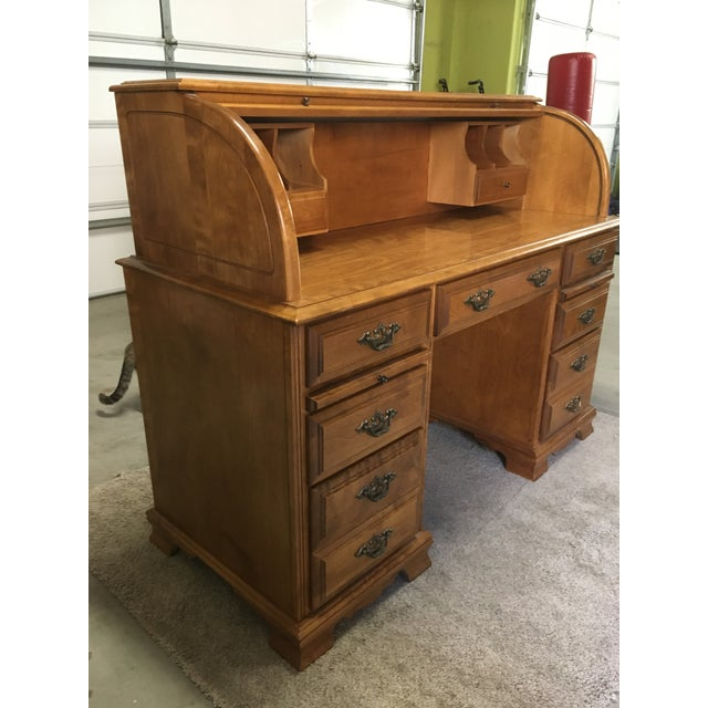 Late 20th Century Vintage Traditional Oak Roll Top Desk For Sale - Image 5 of 10