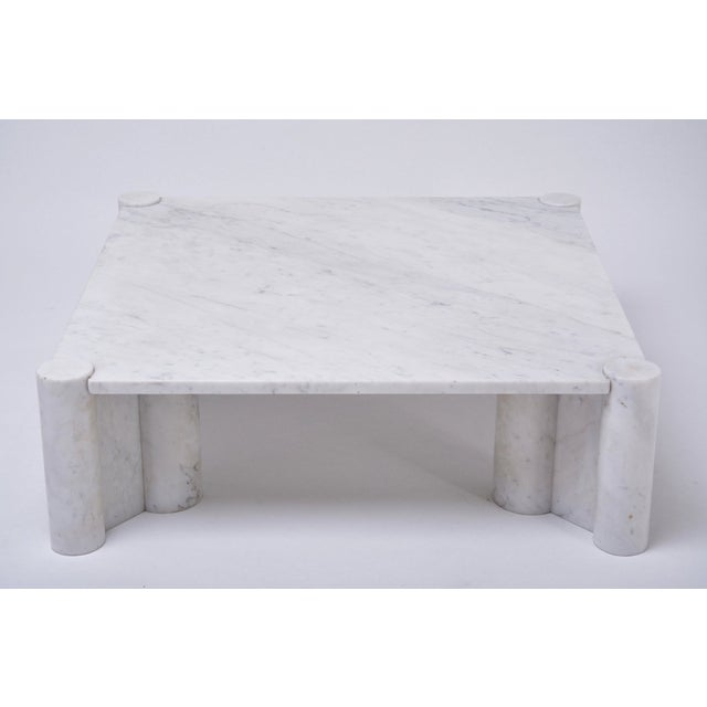 Gae Aulenti Jumbo White Marble Coffee Table by Gae Aulenti, 1970s For Sale - Image 4 of 11