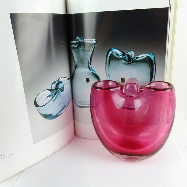 1950s Archimede Seguso 1954 Murano Sommerso Pink Italian Art Glass Basket Flower Vase For Sale - Image 5 of 6