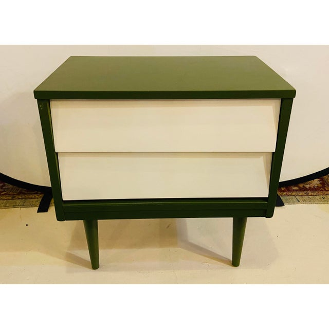 Mid Century Modern Two Tone Nightstands - a Pair For Sale - Image 9 of 13