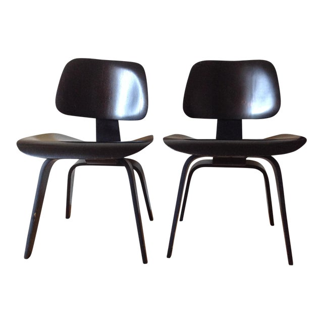 Charles Eames Dcw for Evans Products Co. & Herman Miller - A Pair For Sale