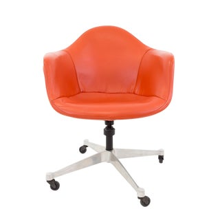 Charles Eames for Herman Miller Shell Desk Chair For Sale