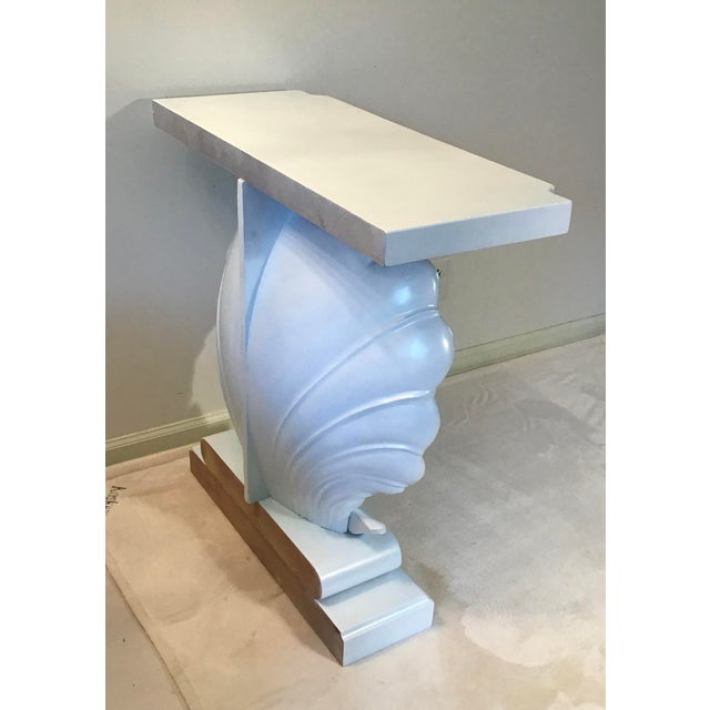 1950s Palm Beach Regency 1950s Edward Wormley Dunbar Style Carved Wood Shell Console Table White Blue Pearl For Sale - Image 5 of 13