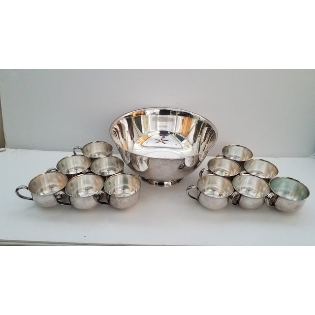 Paul Revere Reproduction Wm. Rogers Silver Plate Punch Bowl & 12 Oneida Silversmith Handled Cups - 13 Pieces For Sale In Phoenix - Image 6 of 6