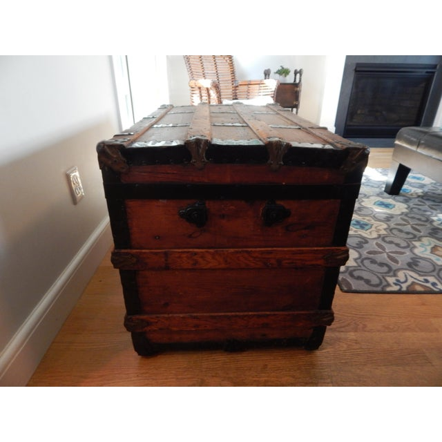 Nautical Early 20th Century Vintage Steamer Trunk For Sale - Image 3 of 4