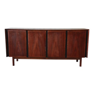 Merton Gershun for Dillingham Mid-Century Modern Walnut Credenza For Sale