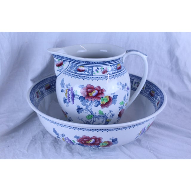 Ceramic 19th Century Traditional Losol Ware Pitcher and Basin - 2 Pieces For Sale - Image 7 of 7