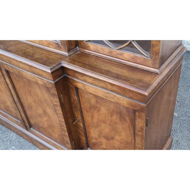 Vintage Late 20th Century Regency Style Old Colony Furniture Mahogany Breakfront Cabinet C1970s For Sale - Image 9 of 13