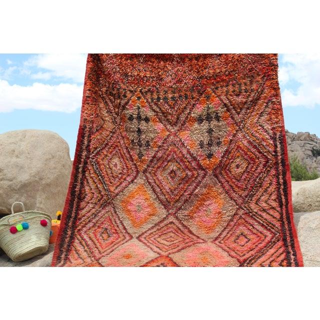 Vintage Moroccan Beni MGuild Rug - 7' x 11' - Image 8 of 8