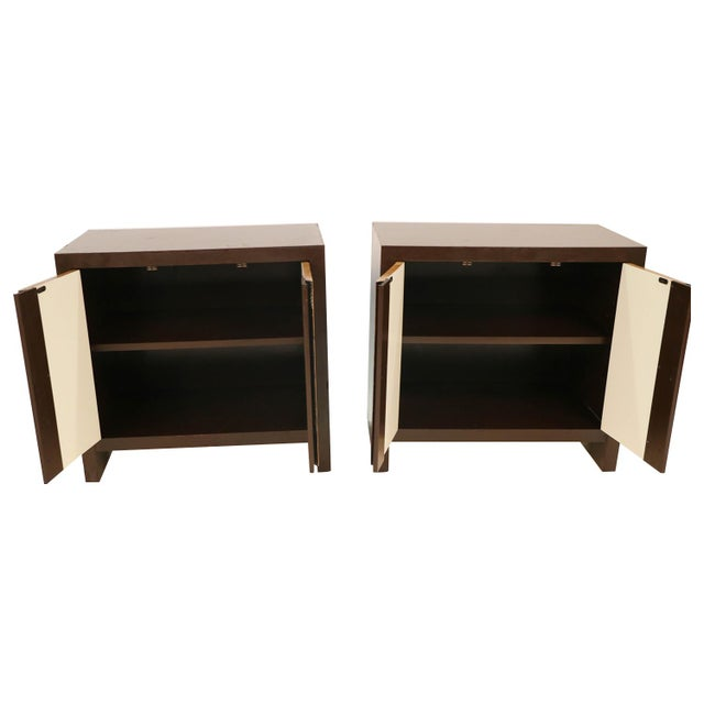 Mid-Century Modern Pair Mid Century Milo Baughman Style Burl Nightstands Tables For Sale - Image 3 of 11