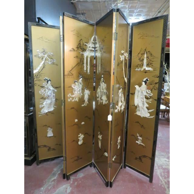 Abalone Vintage Chinese Gold Painted Wood and Mother of Pearl 6-Panel Screen, 1950s For Sale - Image 7 of 12