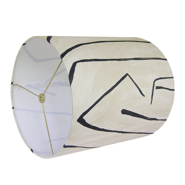 Abstract Groundworks Graffito in Linen/Onyx Drum Shade For Sale - Image 3 of 4