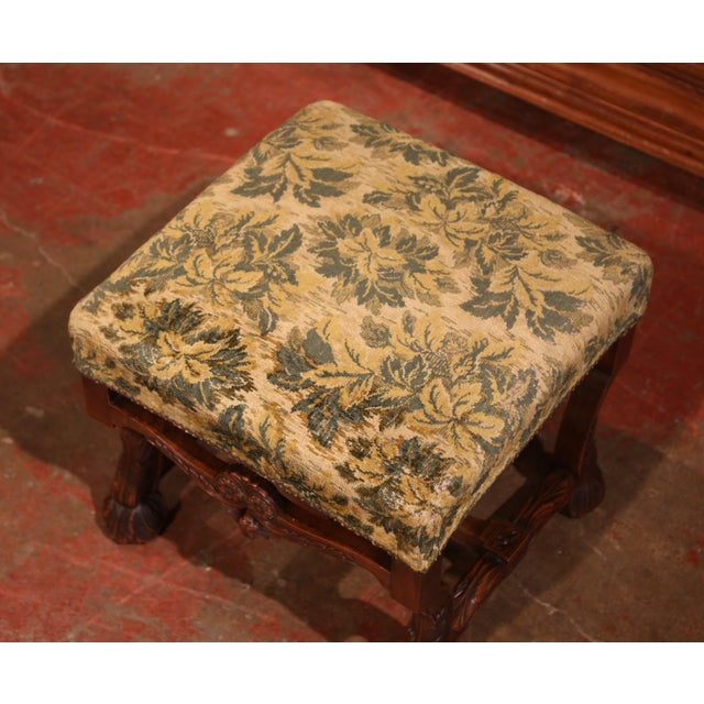 French 19th Century French Louis XIII Carved Walnut Stool From the Perigord For Sale - Image 3 of 8