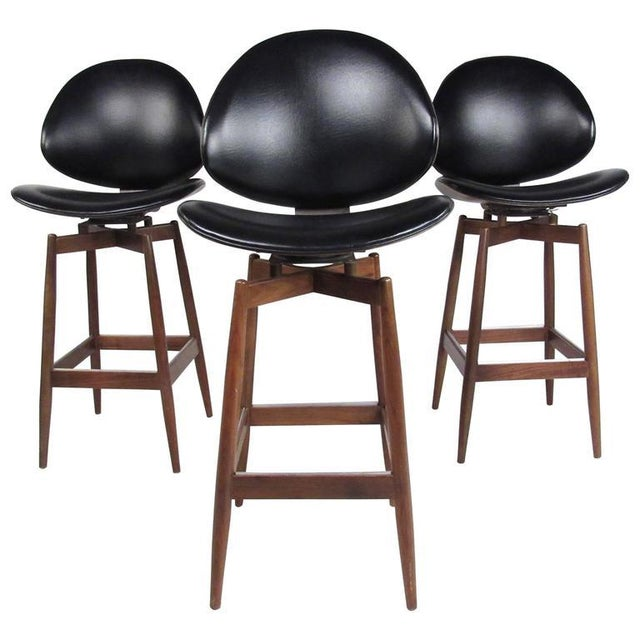 Mid-Century Modern Clamshell Bar Stools - Set of 3 For Sale In New York - Image 6 of 11