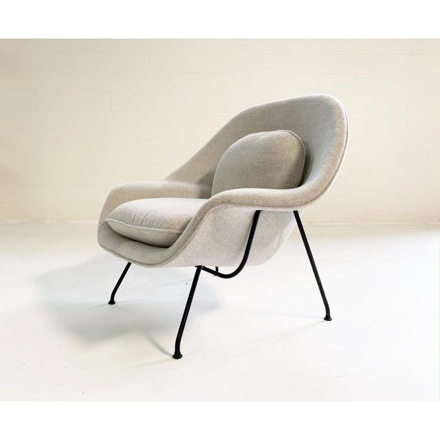 Textile Eero Saarinen Womb Chair in Loro Piana Alpaca Wool For Sale - Image 7 of 13