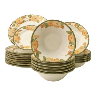 "1960's Ceramic Metlox ""Zinnia"" Dinnerware - Set of 21 Pieces For Sale"