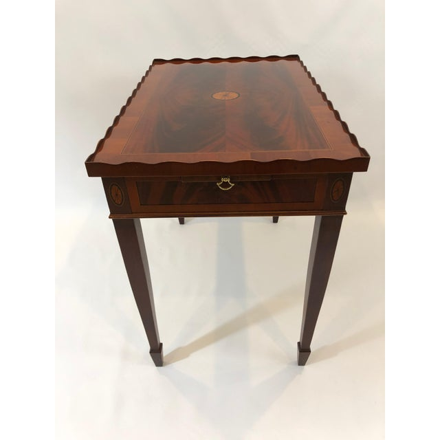 1980s Traditional Heckman Mahogany and Inlaid Tea Side Table For Sale - Image 13 of 13