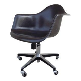 Modernica Fiberglass Case Study Brown Arm Shell Rolling Chair