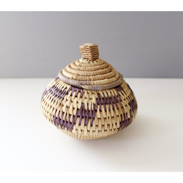 Vintage Woven Coil Basket With Round Purple Lid - Image 4 of 6