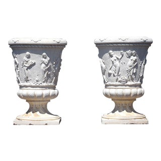 Traditional Pair of Grand Neoclassical-Style Garden Urns For Sale