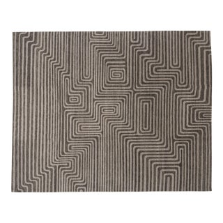 Plateau Taupe, 8 x 10 Rug For Sale