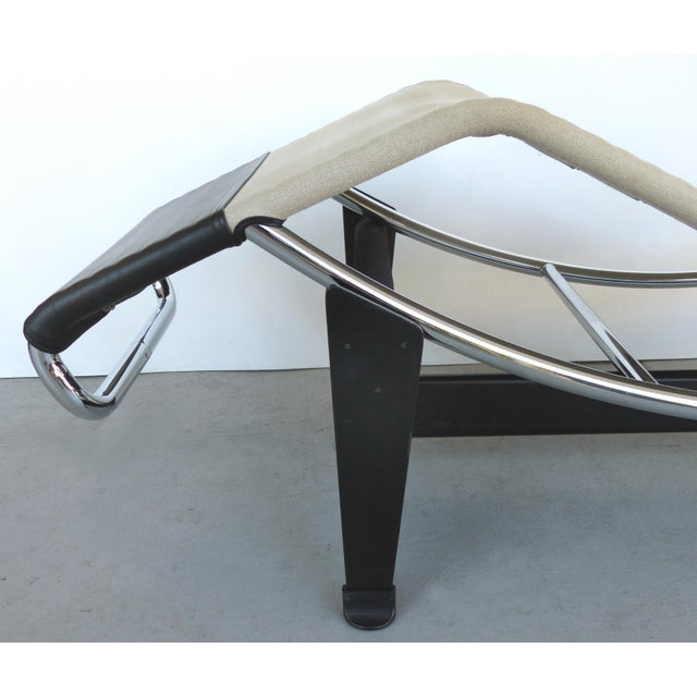 2010s Cassina Lc4 Chaise Lounge by Le Corbusier, Jeanneret & Charlotte Perriand For Sale - Image 5 of 10
