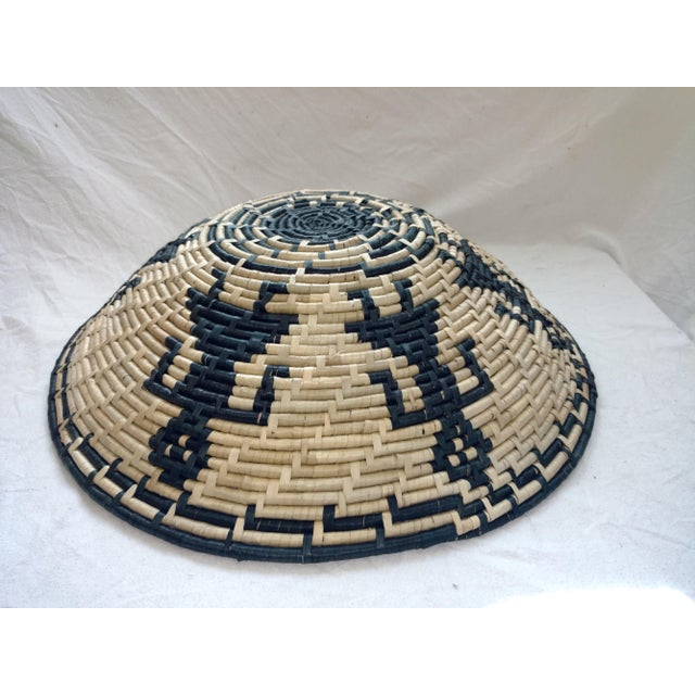 1970s Vintage Figurative Woven Sri Lankan Festival Grain Basket For Sale - Image 5 of 7