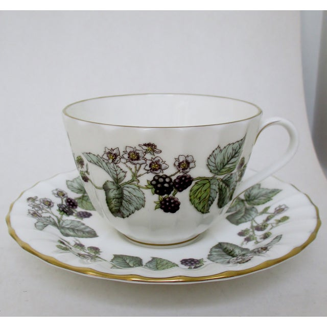 Royal Worcester Vintage Royal Worcester Cups & Saucers - 10 Pieces For Sale - Image 4 of 6