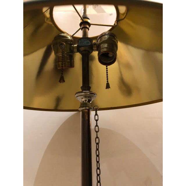 Chapman Manufacturing Company 1980s Vintage Horn Motife Brass Table Lamps by Chapman- a Pair For Sale - Image 4 of 8