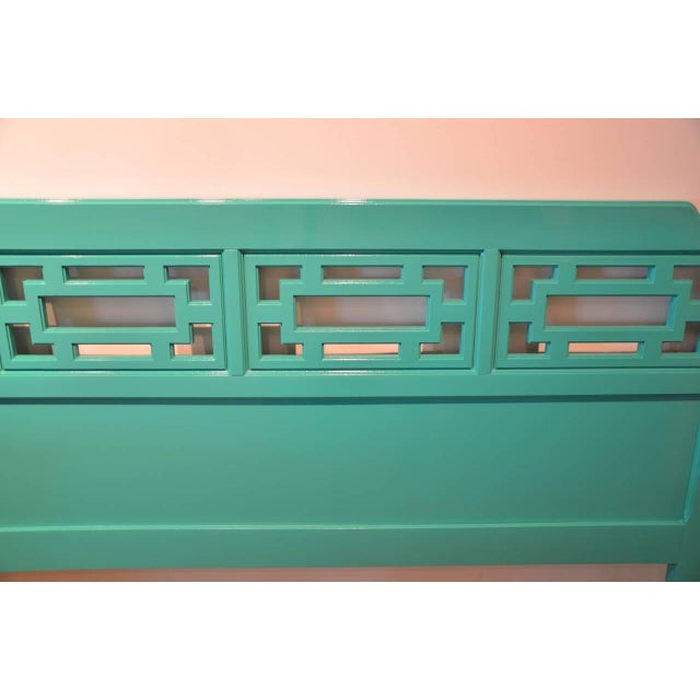 Mid Century Modern Hollywood Glam Brass & Lacquered Green Wood Queen Fretwork Headboard - Image 5 of 5