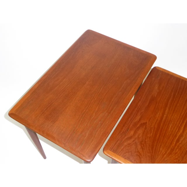Danish Mid-Century Modern Stacking Nesting Tables in Teak - Set of 3 1950s For Sale In Miami - Image 6 of 13
