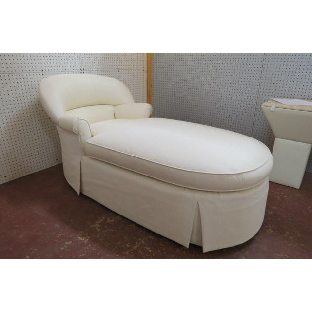1980s Vintage Cream Fabric Custom Chaise Lounge For Sale In Chicago - Image 6 of 7
