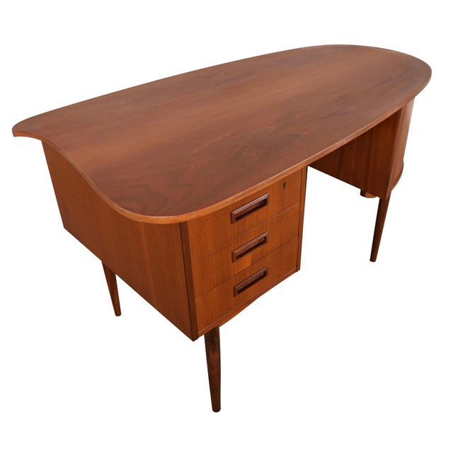 Vintage Danish Modern Teak Kidney Desk in the Style of Kai Kristiansen Model 54 - Image 4 of 8