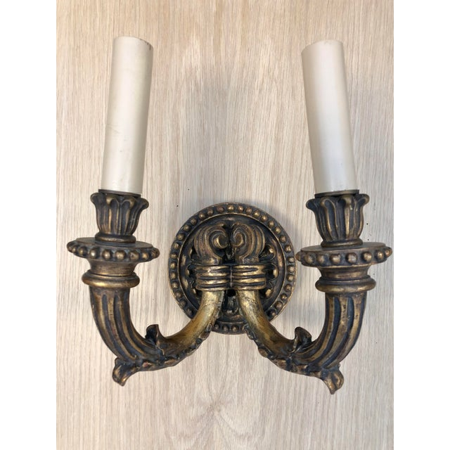 1920s 1920's Vintage Traditional Wood Carved Two Arms Gilded Wall Sconces For Sale - Image 5 of 5