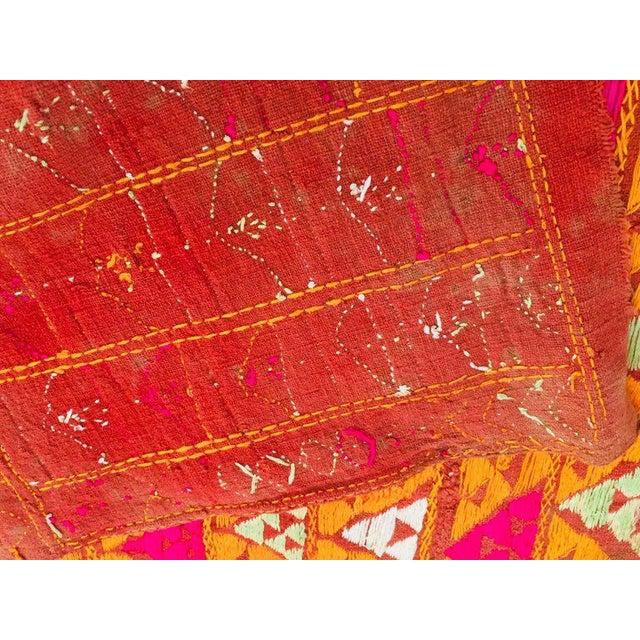 Phulkari Wedding Shawl, Silk Embroidery on Cotton, Punjab India 20th Century For Sale - Image 4 of 13
