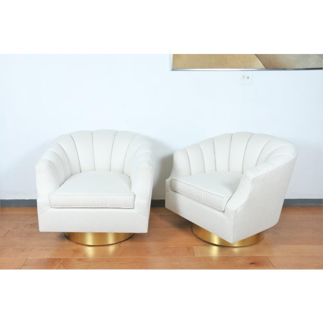 1970s Milo Baughman Attributed Pair of Swivel Chairs For Sale - Image 5 of 13
