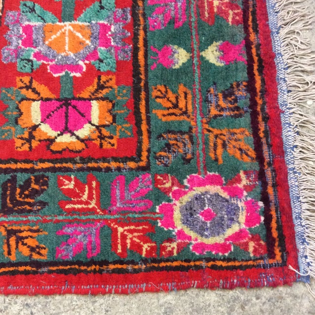 Vintage Chinese Khotan Rug - 4'9x10' For Sale - Image 12 of 13