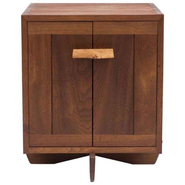 Brown Kornblut Case by George Nakashima, 1970s For Sale - Image 8 of 8