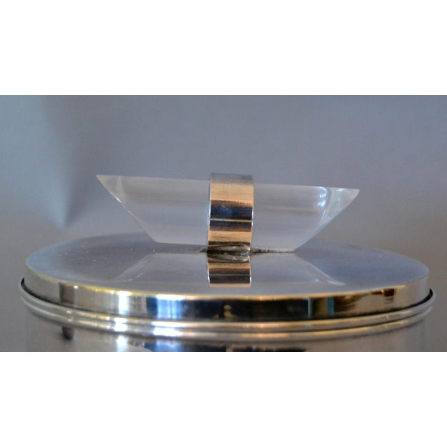 1960s Mid-Century Modern Silver Plate & Lucite Perfume Bottle & Powder Box 2 Pc. Vanity Set For Sale - Image 5 of 13