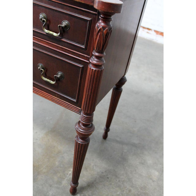 Brass Classic Sheraton Federal Style Mahogany Server in the manor of Salem Cabinetmakers For Sale - Image 7 of 11