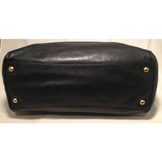 Contemporary Prada Black Leather Saffiano Top Handle Tote Shoulder Bag For Sale - Image 3 of 11