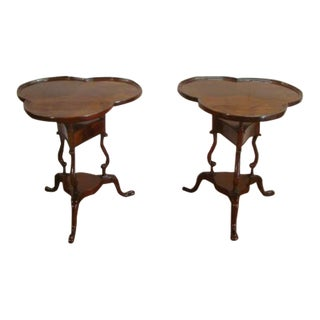 Traditional Flame Mahogany Clover Shaped Top Lamp Tables - Set of 2 For Sale