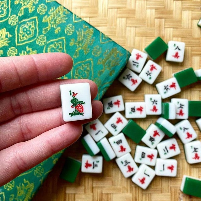 Mid 20th Century Mid 20th Century Mahjong Game Set in Green Satin Brocade Carrying Case and Green Back Tiles For Sale - Image 5 of 7