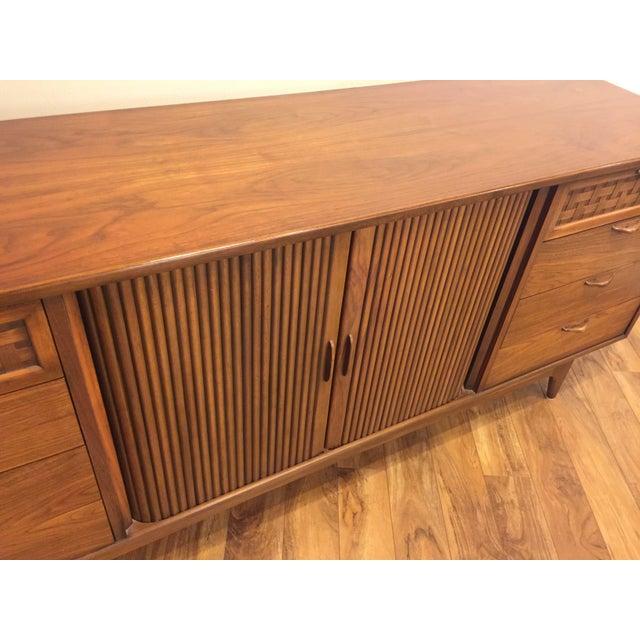 Lane Furniture Lane Perception Mid-Century Lowboy Dresser For Sale - Image 4 of 10