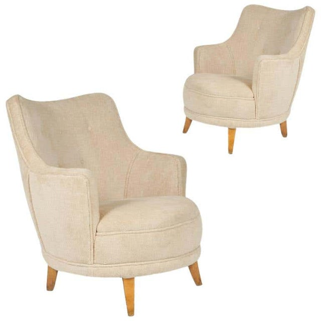 1940s Barrel Back Moderne Freshly Upholstered Lounge Chairs After Gilbert Rohde, Pair For Sale - Image 12 of 12