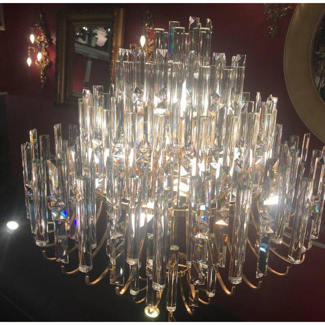 Transparent Vintage Crystal and Gold Plated Mid-Century Modern Chandelier For Sale - Image 8 of 10