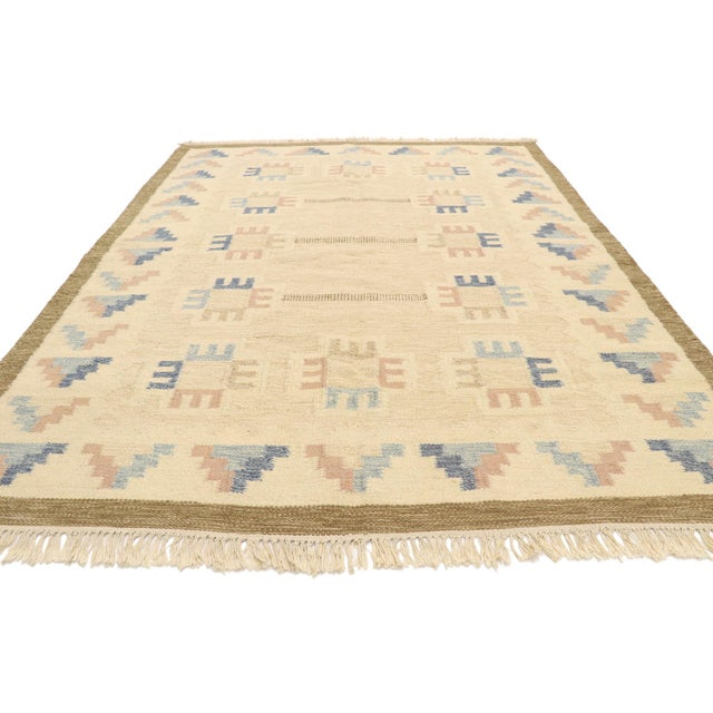 Mid-Century Modern Vintage Scandinavian Modern Style Swedish Kilim Rug - 5'8 X 7'7 For Sale - Image 3 of 9
